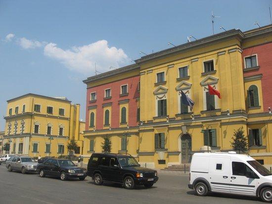 Skanderbeg-Platz: Ministry of the Interior