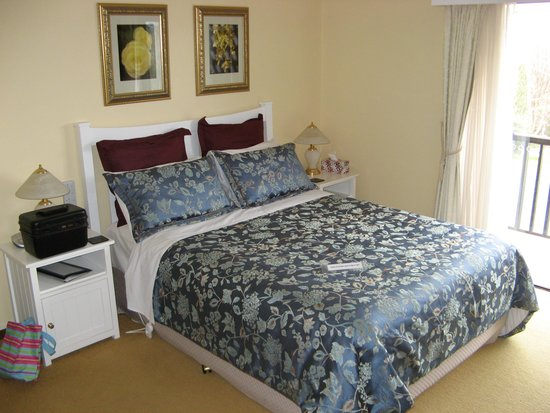 Bathurst Heights B&B: Beautiful room