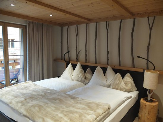 Aspen Alpin Lifestyle Hotel Grindelwald: Our Bedroom