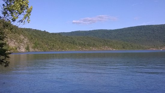 Raystown Lake: lake view one of just a million