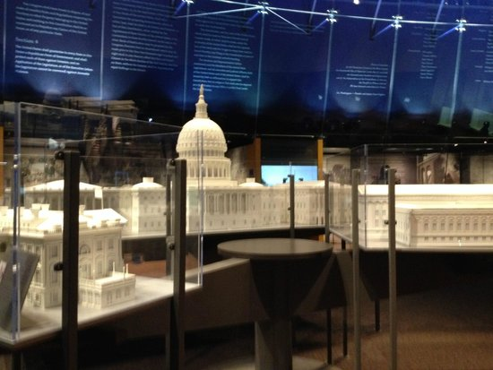 National Constitution Center models