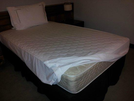 Tivoli Mofarrej - Sao Paulo: mattress in double room