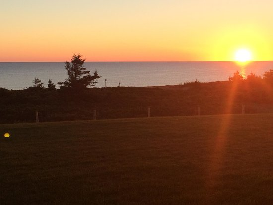 Around the Sea Rotating House: September sunrise