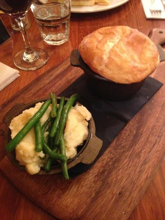 Harrigan's Irish Pub: Angus Beef Pot Pie with Mash and Veg