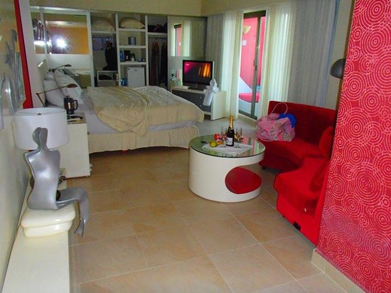 Temptation Cancun Resort: Room 1202