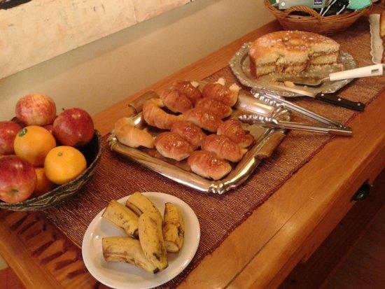 Las Marianas Hotel : café da manhã