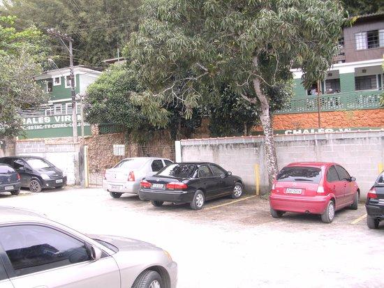 Chales Virena: estacionamento