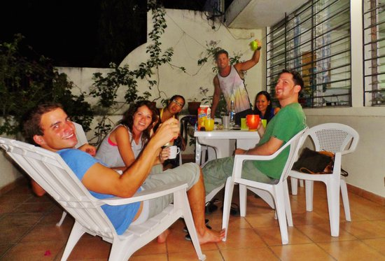 Hostal Cumbres del Volcan: drinks on the front terrace