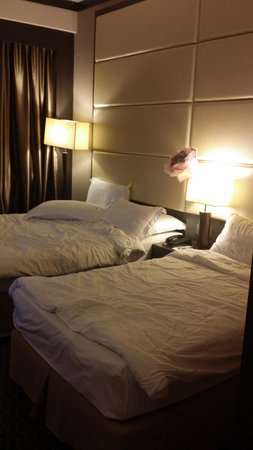 KSL Hotel & Resort: standard size queen with a twin bed