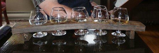 Glenora Inn & Distillery: Degustation