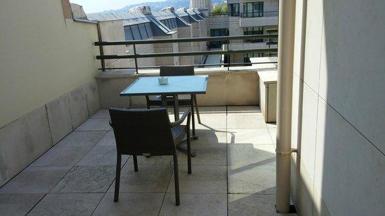Hyatt Regency Nice Palais de la Mediterranee: Suite balcony