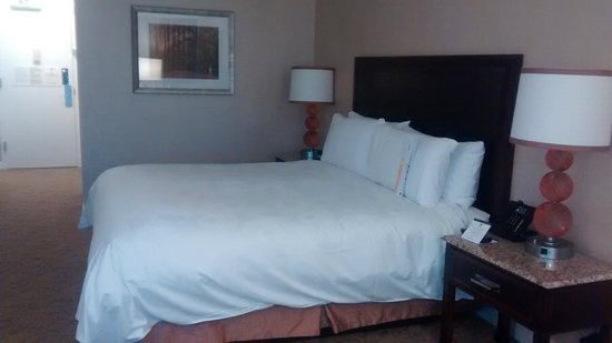 JW Marriott Atlanta Buckhead: Dentro do quarto