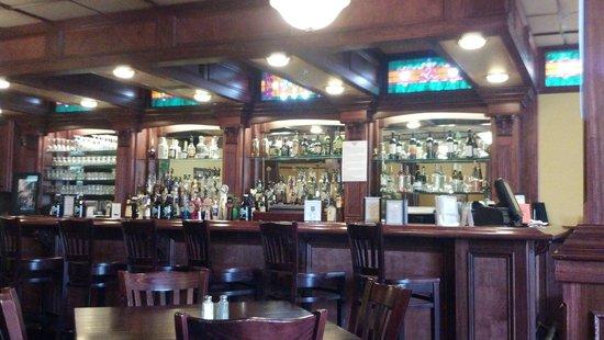 Hennessy's Pub: Hennessy's Irish Pub 2014