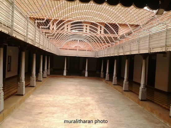 Chettinad house courtyard-MURALITHARAN image - Chettinad ...