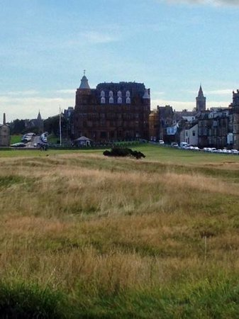 Old Course Hotel, Golf Resort & Spa : sideview