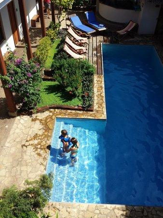 Hotel con Corazon: Superbe piscine
