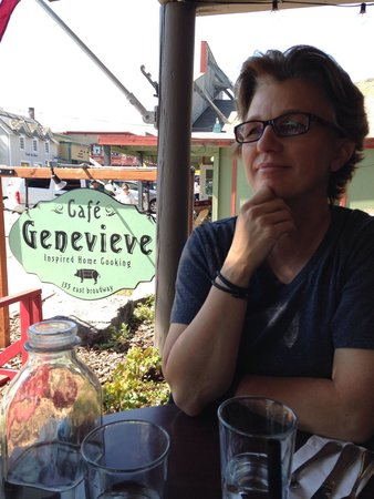 Cafe Genevieve: Loving it here