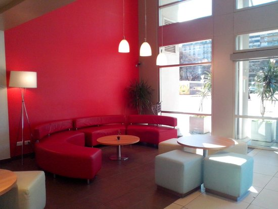 Ibis Buenos Aires: LOBBY