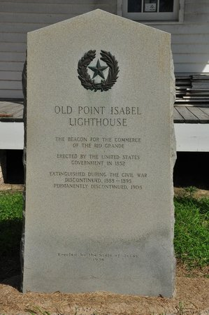 Port Isabel Lighthouse: Large marker outside the keeper's cottage.