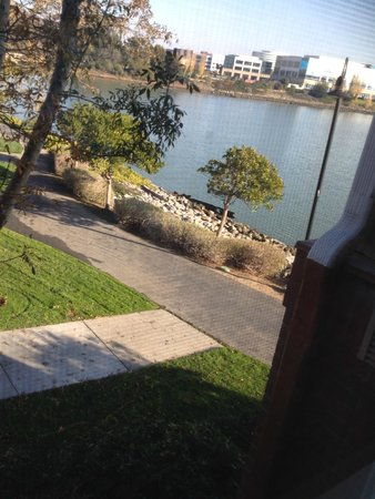 Courtyard San Francisco Airport/Oyster Point Waterfront: This is from our stay in November 2013