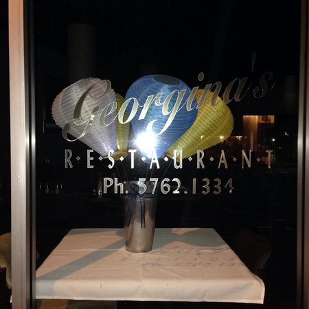 Georgina's Restaurant: Georgina's Showing their support for Light the Night Benalla