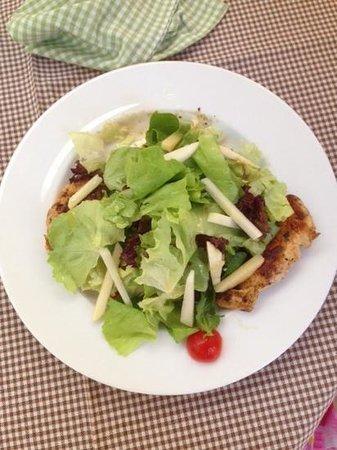 Anthos Restaurant: chicken salad