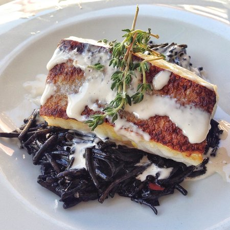Restaurante Safra 21: Bacalao con fideua negro