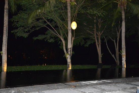 Inchantree Resort: piscina