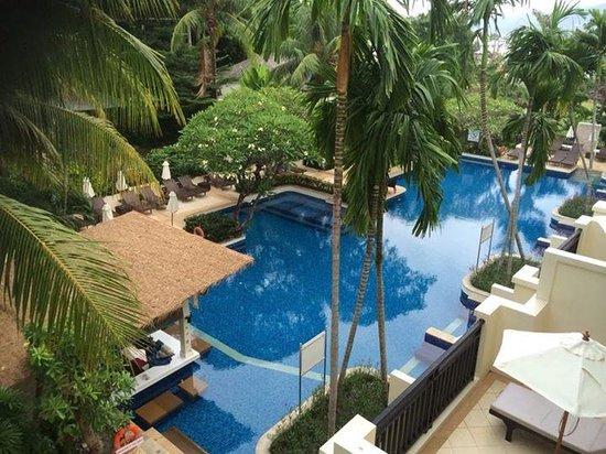 Horizon Karon Beach Resort & Spa: pool