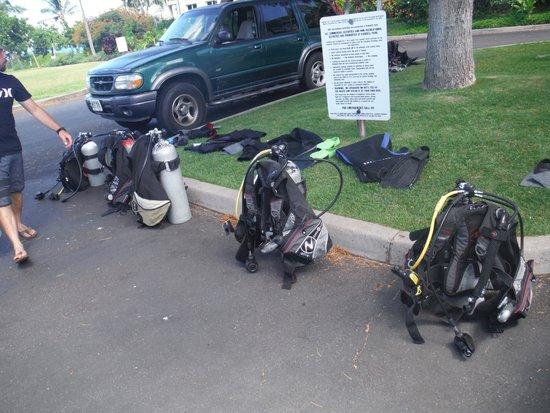 Maui Diving Scuba Center Snorkel Shop: Ready to go