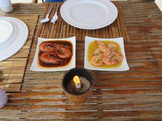 The Coral Blue Oriental Beach Villas & Suites: Try the chili garlic prawns!