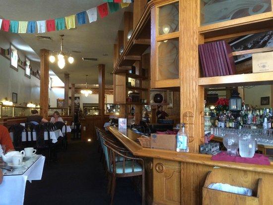 Himalayan Kitchen: Bar and seating areas