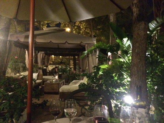 Palau Verd Hotel: Cena en un vergel