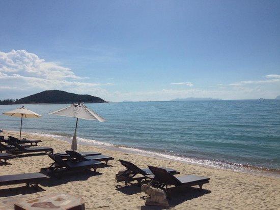 Kanok Buri Resort : plage de l'hôtel