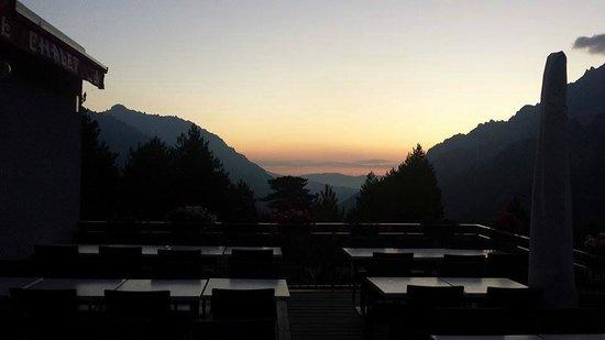 Hotel Restaurant le Chalet : vue de la terrasse