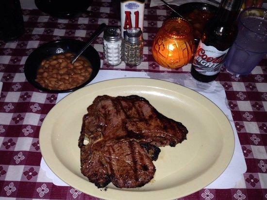 Li'l Abner's Steakhouse: T-BONE and BEANS.👍