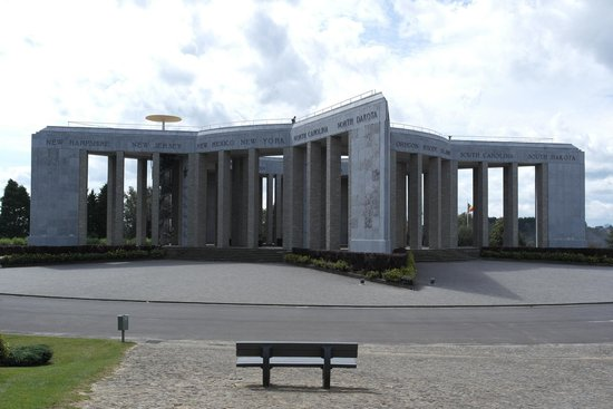 Battle of the Bulge Guided Tours : Mardasson Monument