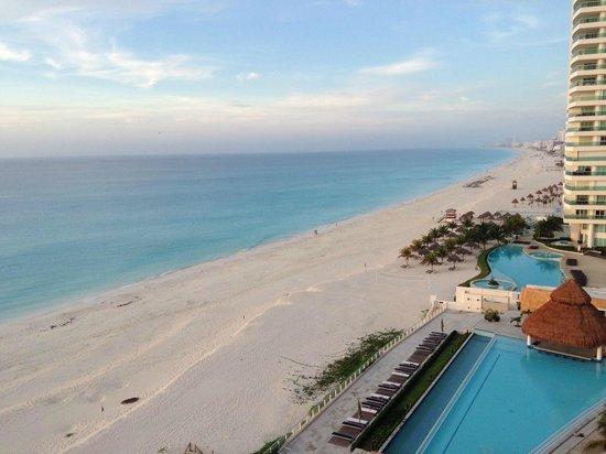 Girasol Condo Hotel: Ocean view