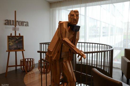 Icelandair Hotel Akureyri: Hall (Sculpture d'Adalheidur S. Eysteinsdóttir)