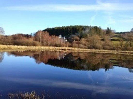Salle d 39 eau privative photo de la maison du lac saint for La maison du lac streaming