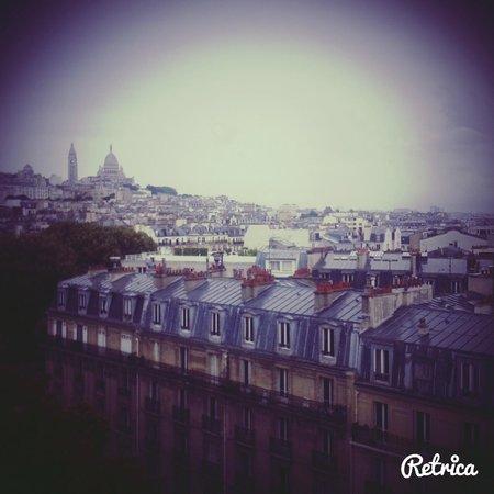 Mercure Paris Montmartre Sacre Coeur: il est 5 h ....Paris s'éveille !