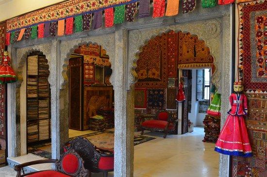 Picture Of Ganesh Handicraft Emporium Udaipur Tripadvisor