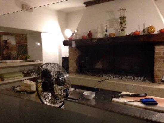 Cucina a vista - Picture of La Pergola, Borso del Grappa - TripAdvisor