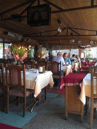 Havuzbasi Aile Cay Bahcesi & Restaurant