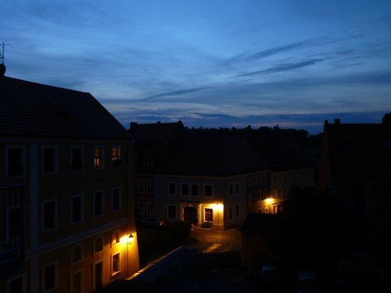 Hotel Italia Görlitz Altstadthaus: Nächtlicher Blick aus dem Fenster