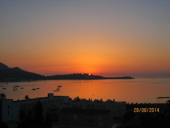 FERGUS Style Pollensa Park SPA: Sunrise view from Room 803
