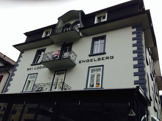 Ski Lodge Engelberg: Fasaden