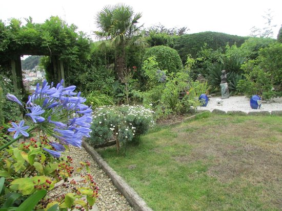 Mounthaven Guest House: The Garden