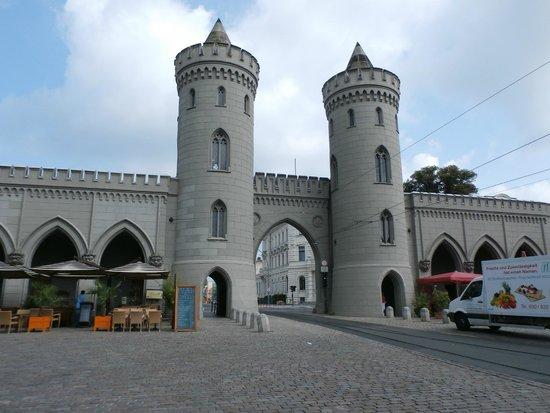 Nauen Gate