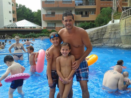 H10 Mediterranean Village: Tots 3